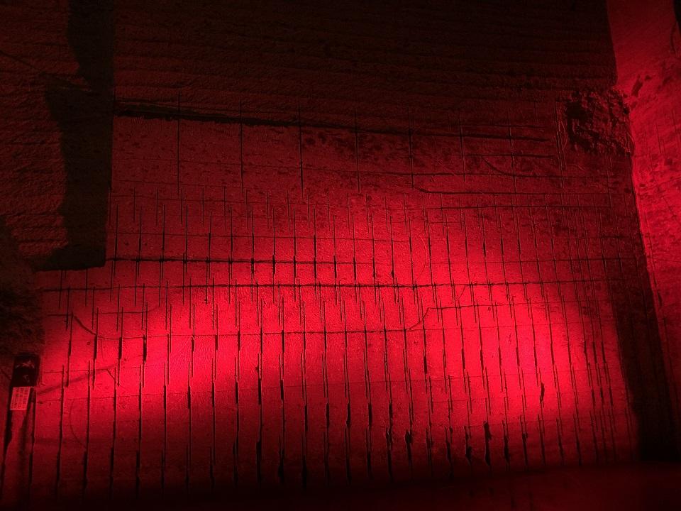 赤いライトアップ
